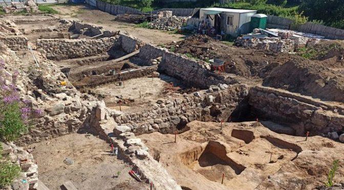 Археологи нашли модные лапти под Костромой